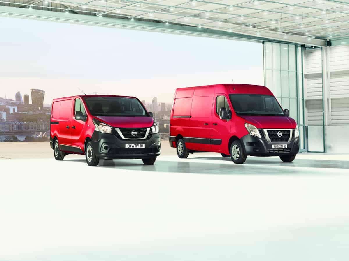 Nissan Vans NV300 - NV400 Pack shot Front LHD